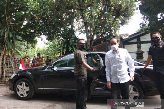 Jokowi minta seniman di DIY tetap semangat di tengah pandemi COVID-19