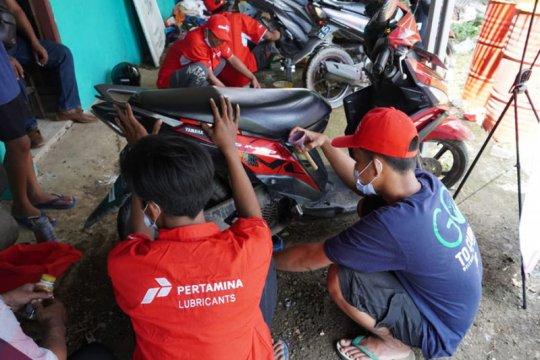 Pertamina Lubricants bantu korban banjir Karawang
