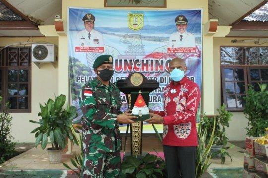 Satgas Pamtas Yonif MR 413 menerima penghargaan Wali Kota Jayapura