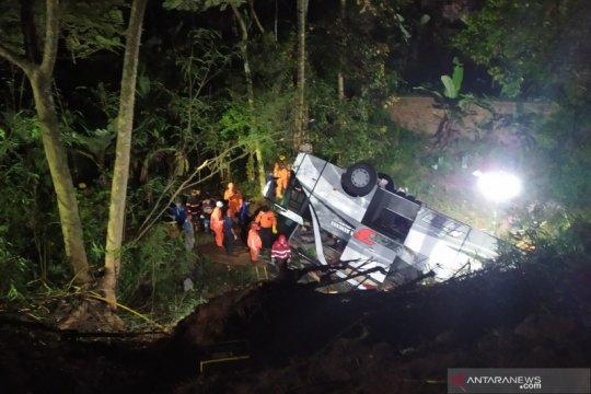 Polisi sebut jalan lokasi kecelakaan di Sumedang bukan untuk bus