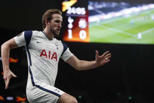 Real Madrid pantau Hary Kane