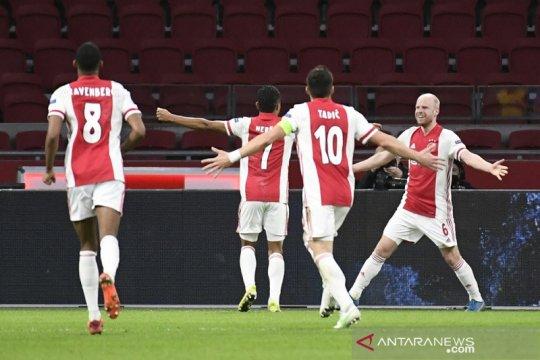 Ajax menang telak leg pertama kontra Young Boys