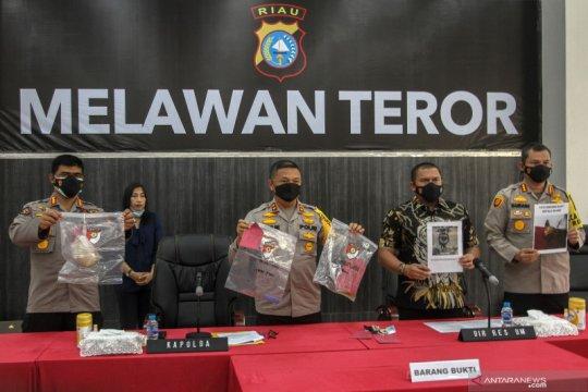 Polisi ringkus pelaku teror kepala anjing ke rumah jaksa di Pekanbaru