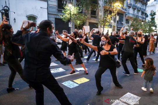 Argentina berjuang atasi COVID-19 saat jumlah kematian capai 100 ribu