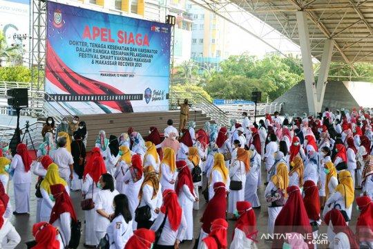 1.000 nakes apel siaga sukseskan festival vaksinasi di Makassar