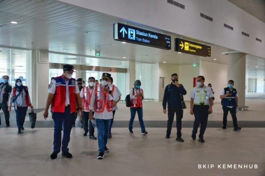 Menhub tinjau progres pembangunan KA Bandara Internasional Yogyakarta