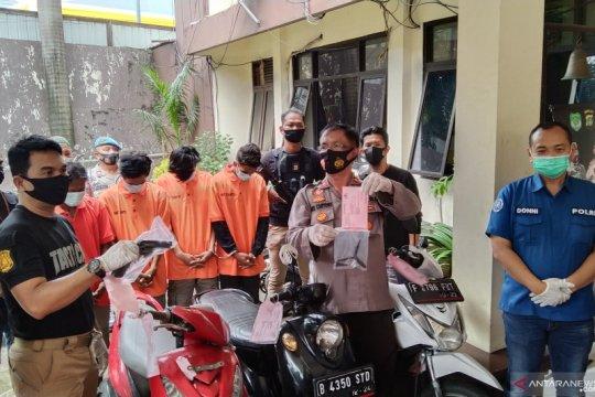 Polsek Tebet tangkap empat pencuri sepeda motor