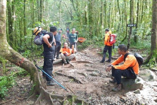 Pendaki terjatuh di jurang Gunung Lompobattang, Basarnas kerahkan tim