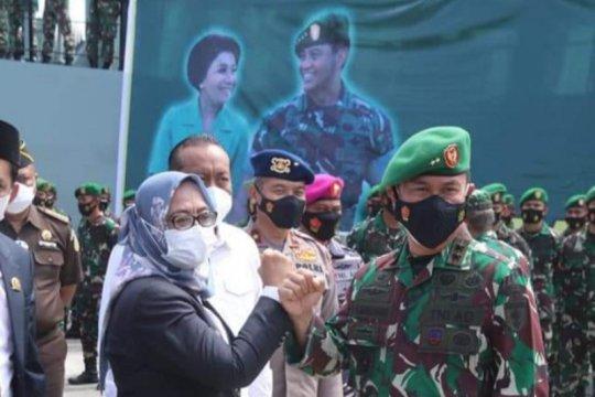 Tugas penanggulangan gempa TNI di Sulbar berakhir