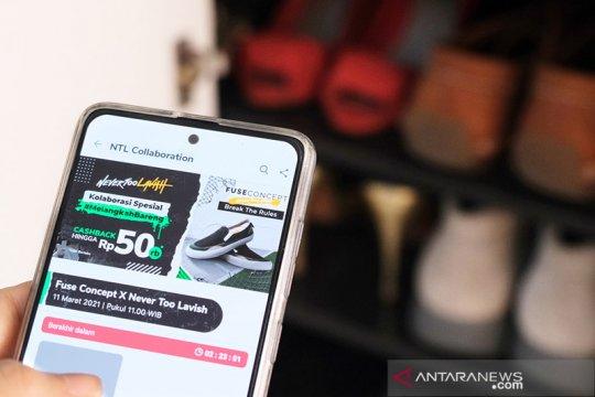 Pegiat sepatu lokal dan Tokopedia ciptakan produk kolaborasi