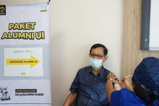 Buka sentra vaksinasi, Iluni UI dukung program vaksinasi COVID-19