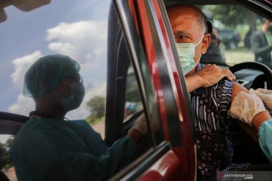 Sepekan, pusat vaksin 3-in-1 hingga peringatan Nyepi