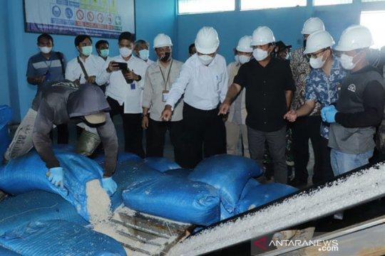 Menteri Trenggono dorong koperasi tingkatkan daya jual garam lokal