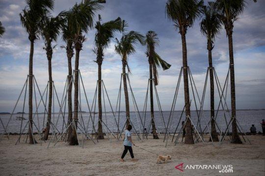 Liburan Nyepi di Pantai Indah Kapuk