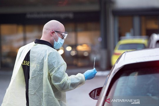 Tiga nakes Norwegia alami 'gejala tak biasa' usai divaksin AstraZeneca