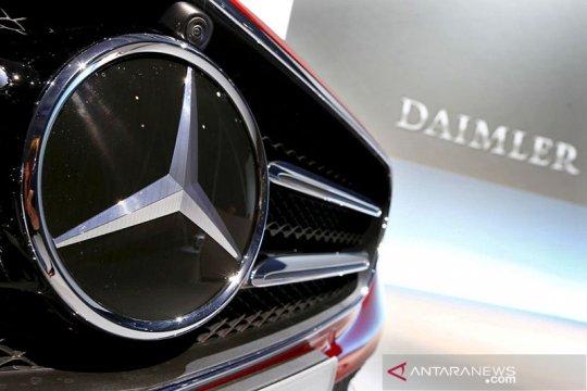 """Daimler """"recall"""" 2,6 juta mobil Mercedes-Benz di China"""