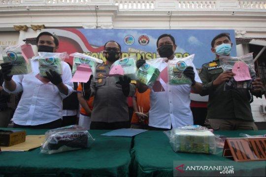 Polrestabes Surabaya gagalkan peredaran 8,3 kilogram sabu-sabu