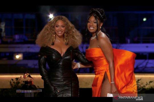 """Penyanyi Megan Thee Stallion dan Beyonce sabet Grammy Awards untuk kategori """"Best Rap Performance"""""""