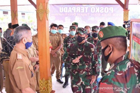Aster Panglima TNI tinjau posko terpadu PPKM skala mikro di Cirebon