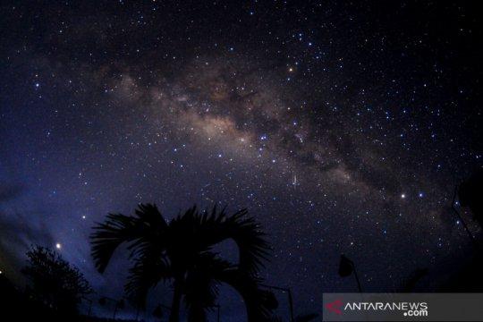 Pemandangan gugusan Bima Sakti saat Hari Raya Nyepi