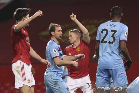 Gol bunuh diri Craig Dawson buat Manchester United menang atas West Ham United
