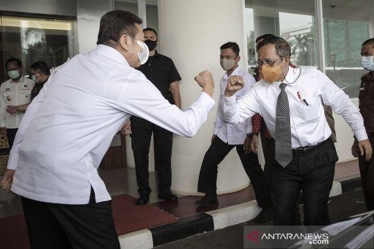 Menko Polhukam bertemu Jaksa Agung bahas penanganan korupsi