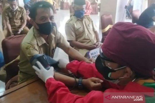 Dinkes Cianjur hentikan sementara vaksinasi masal karena vaksin habis