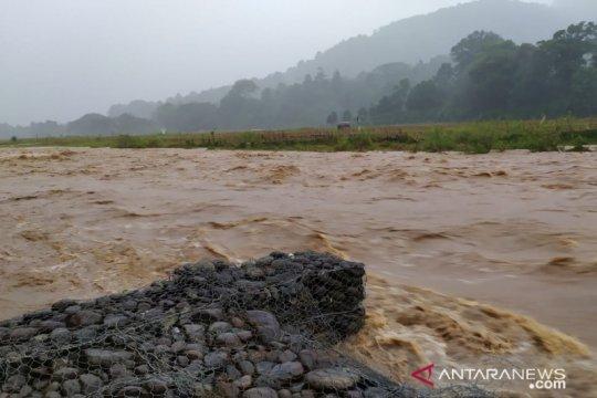 BPBD ingatkan masyarakat OKU Sumsel waspada banjir
