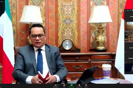 FH Unhas bahas tantangan multilateral bersama tiga Dubes RI