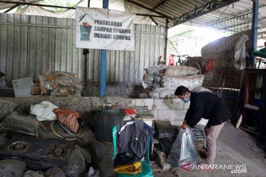 Indocement edukasi masyarakat soal daur ulang sampah