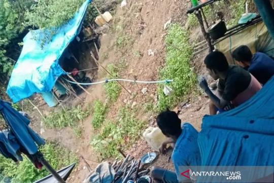 Dua penambang emas yang tertimbun longsor di Aceh bekerja tanpa izin