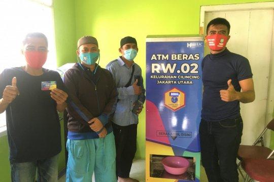 ATM Beras Cilincing, ide kreatif saat pandemi untuk sesama