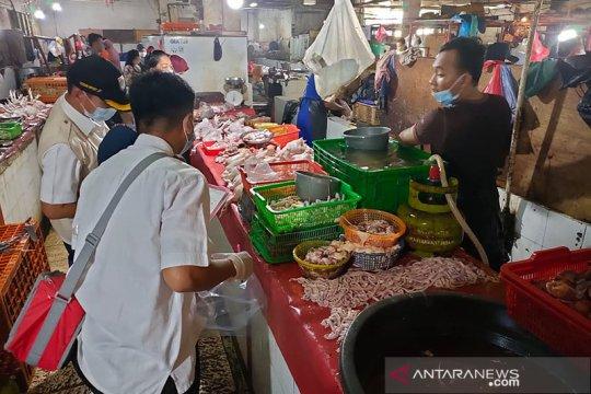 Pemkot Jakpus sidak Pasar Johar Baru periksa kelayakan makanan