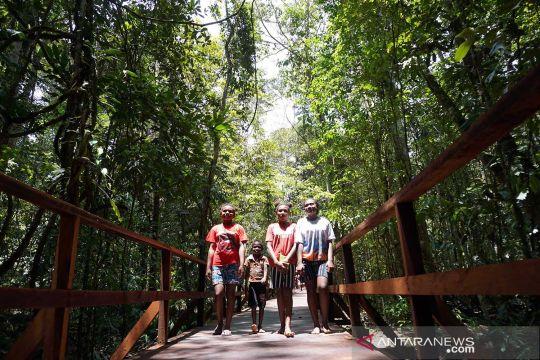 Potensi wisata pengamatan burung di Sorong