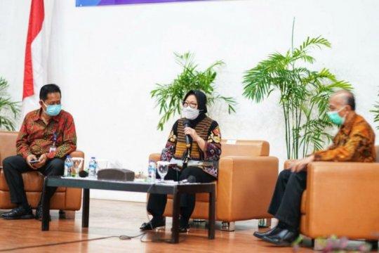 Mensos tantang mahasiswa Poltekesos Bandung selesaikan masalah sosial