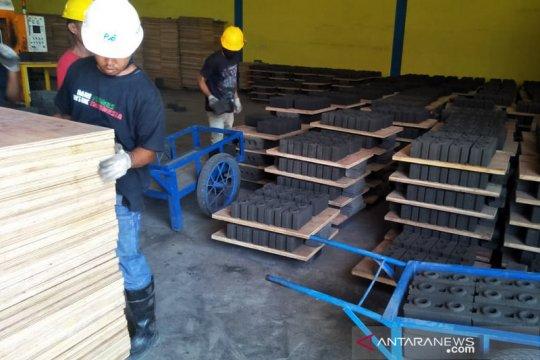 PLN produksi batako dari material PLTU Ropa untuk bantu warga Flores