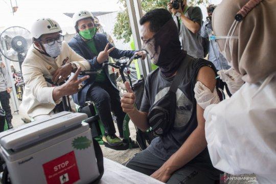 Pusat vaksinasi massal untuk Jawa Barat