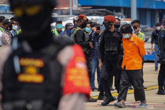 Kemarin, kasus Jiwasraya hingga terduga teroris tiba di Jakarta