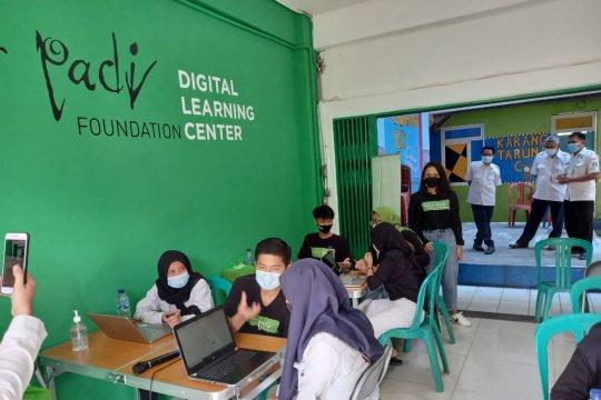 Pengelola Rusun Marunda  fasilitasi pembelajaran digital