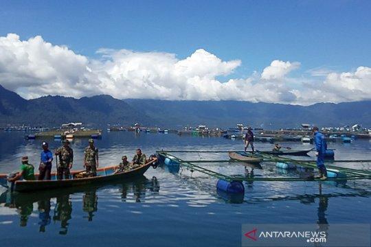 Antisipasi pencemaran, petani tak boleh tambah KJA di Danau Maninjau