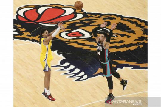 Warriors kalahkan Pelicans meski istirahatkan pemain bintang