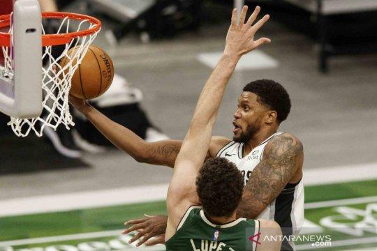 Rudy Gay dan Devin Vassell pimpin Spurs ungguli Suns