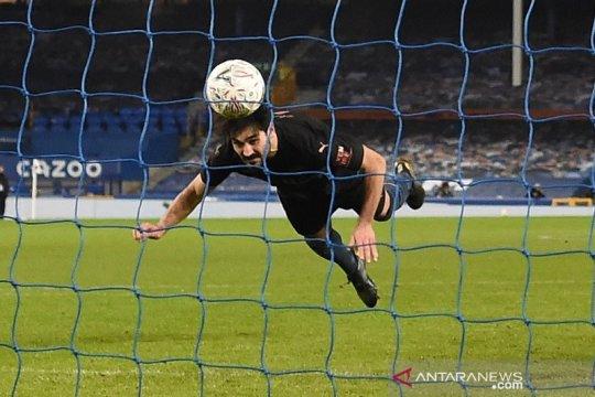 Dua gol menit-menit akhir bawa City ke semifinal Piala FA