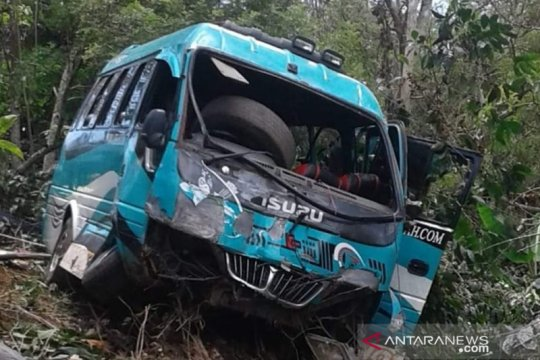 Dua warga tewas dalam kecelakaan bus wisata di Aceh Tengah