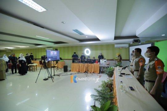 Tinjau ujian SMA daring, Wali Kota Jakarta Timur ingatkan siswa jujur