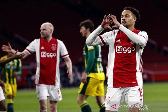 Ajax pesta lima gol ke gawang ADO Den Haag
