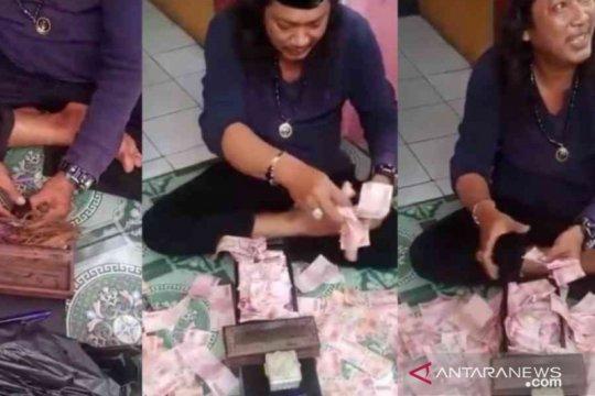 Polisi tangkap pelaku pengganda uang di Babelan Bekasi