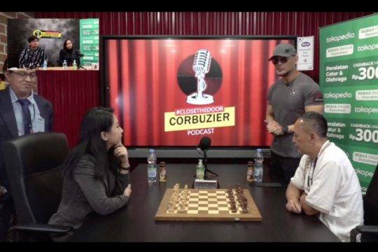 Irene Sukandar kalahkan Dewa Kipas di pertandingan Deddy Corbuzier