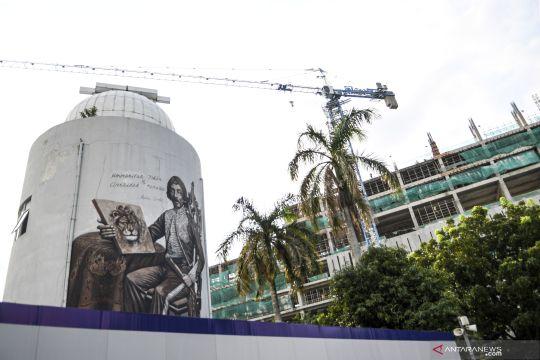 Jakarta kemarin, tilang elektronik hingga pabrik beton ditertibkan