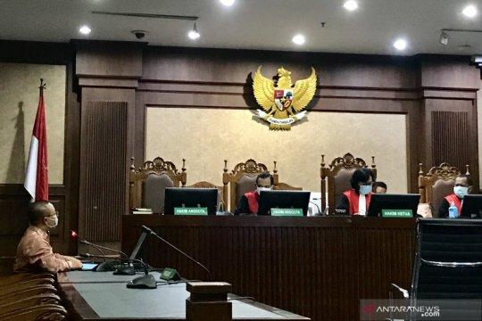 Hakim PN Jakpus skors sidang perdana Marzuki cs sampai pukul 13.00